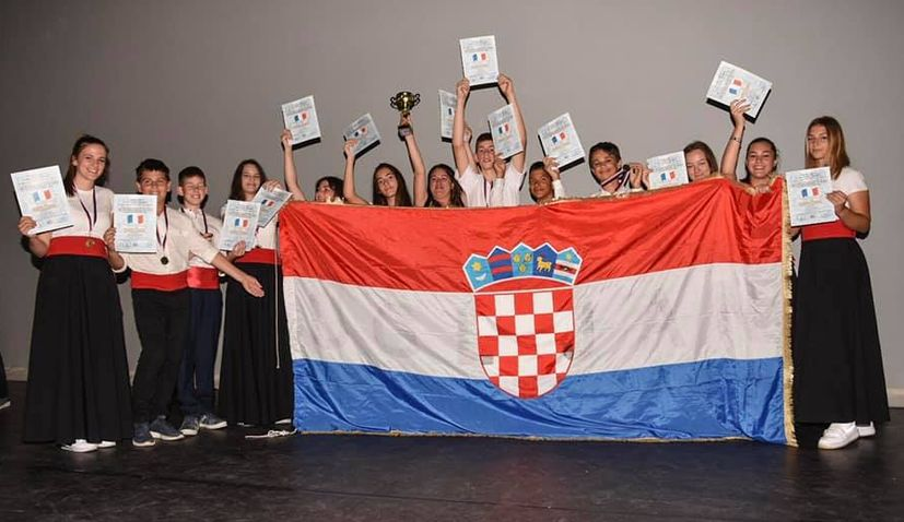 Croatian children's klapa group 'Balinera' win best in the world title