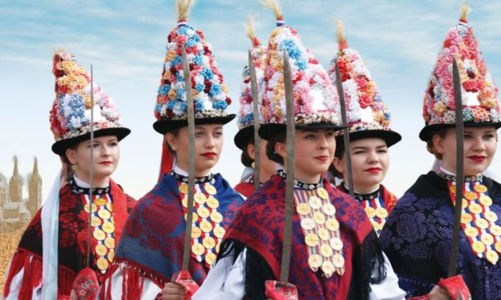 Croatian cultural group 'KUD Tena' visiting Milwaukee in August
