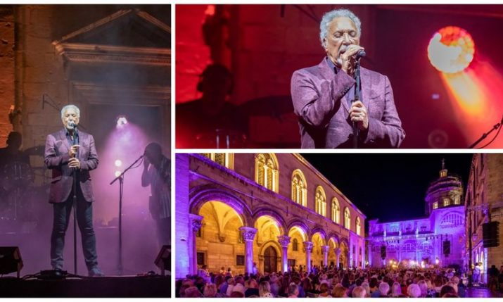 PHOTOS: Tom Jones performs in front of the Dubrovnik Cathedral