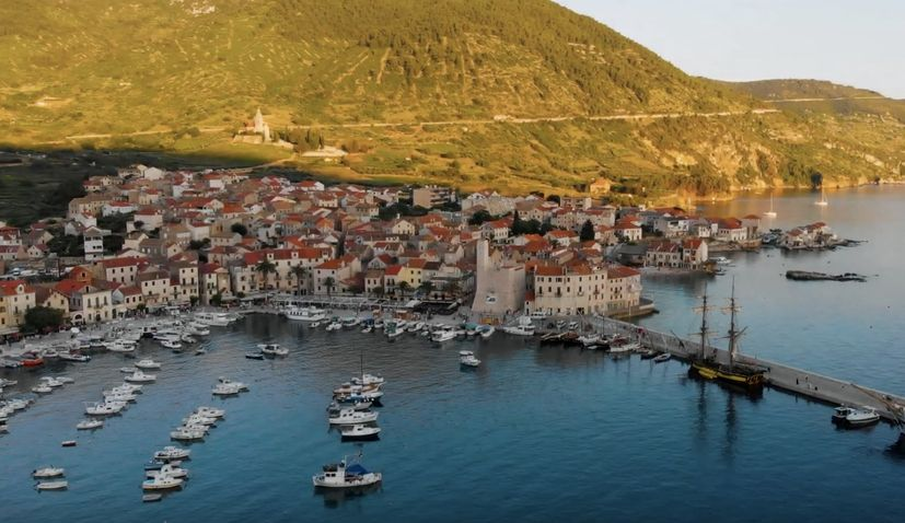 VIDEO: Island of Vis – absolutely stunning from the air