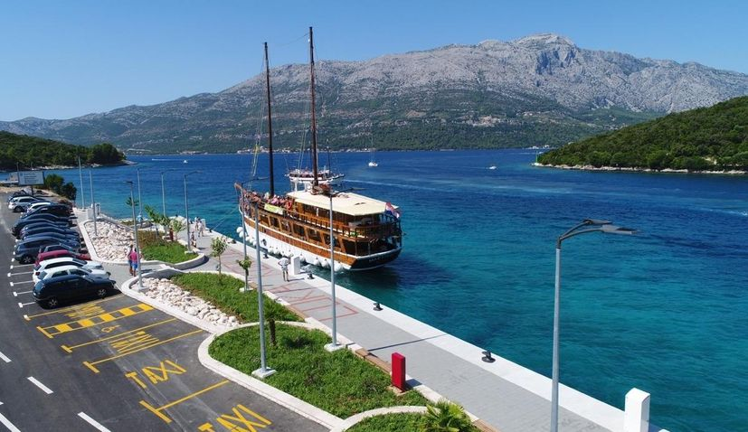 PHOTOS: New Korcula port receives first boat