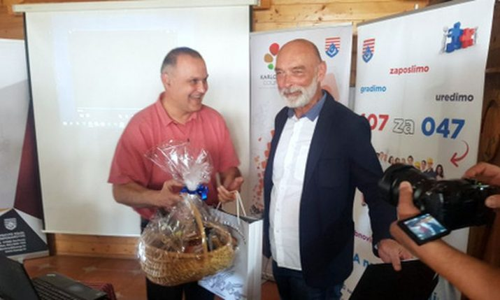 PHOTO: Game of Thrones actor is Karlovac County's 600,000th overnight stay tourist