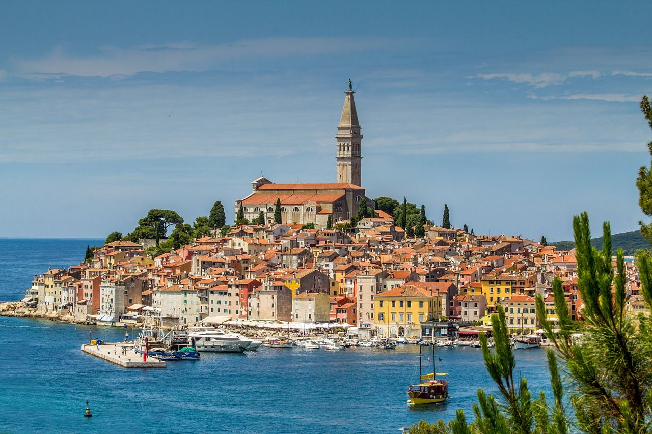 Yahoo! name Istria among world's top 12 destinations for 2020 Rovinj-yahoo-istria