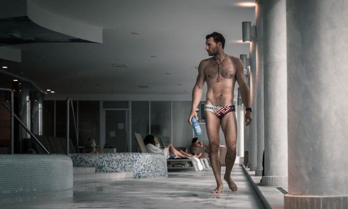 VIDEO: Croatian diver Vitomir Maričić breaks Guinness World Record for longest underwater walk