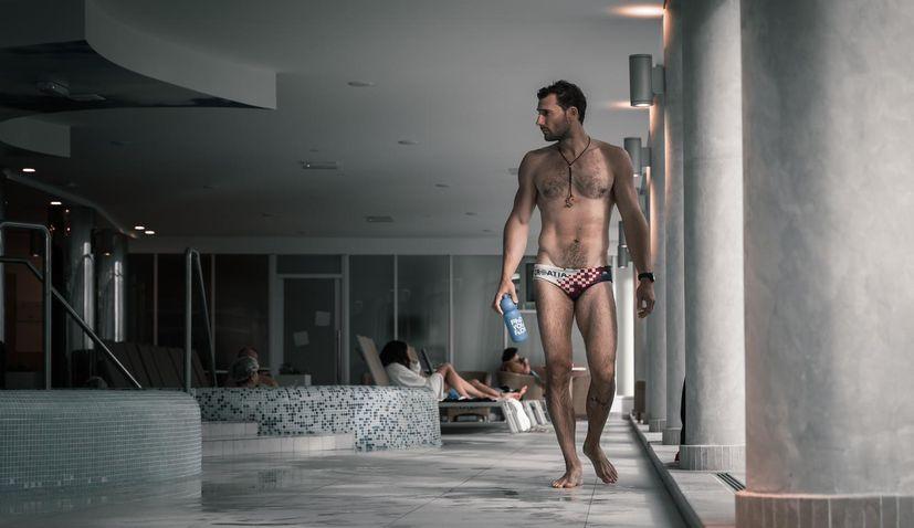 Croatian diver preparing to break Guinness World Record
