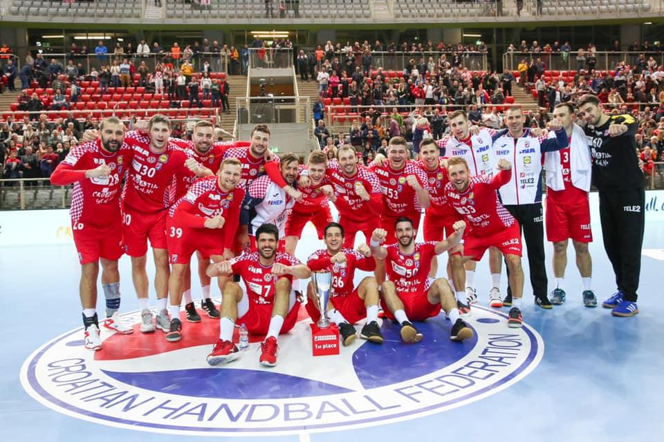 La Croatie dévoile un nouveau kit pour les championnats d'Europe de handball  - Foot 2020