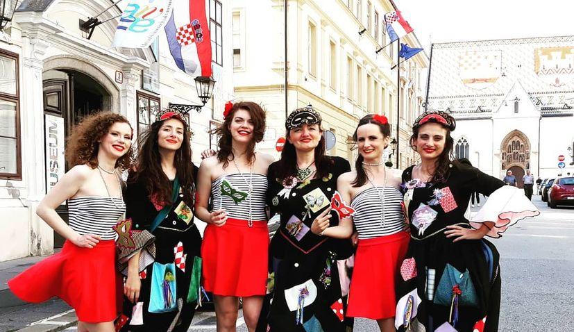 VIDEO: Artistic walking tour of Zagreb – 'Walk with the Kolumbinas'