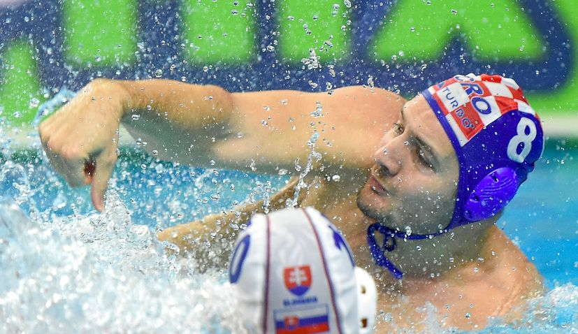 Croatia beats Greece to reach semi-final at European Water Polo Champs