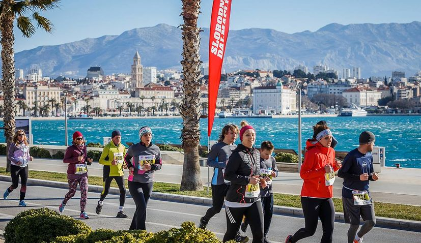 Record number of runners to take part in 20th Split Marathon next weekend