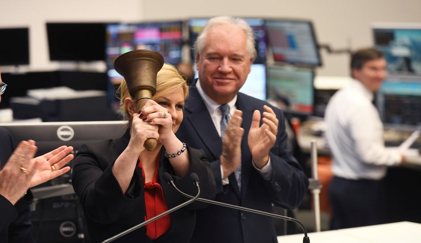 Croatian president rings Frankfurt Stock Exchange opening bell