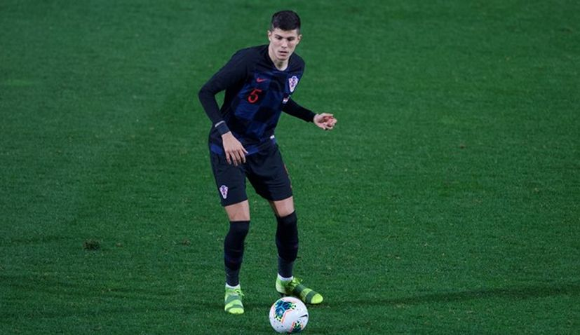 Injury ends Croatian defender Dino Peric's Euro 2020 chances