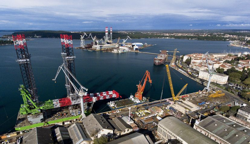 Croatian shipyard 3. Maj  signs deal to complete ship for Spanish client