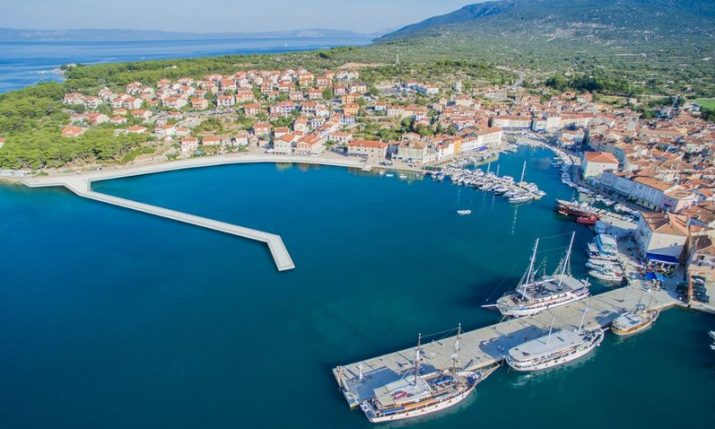 Upgrade of port on island of Cres well underway