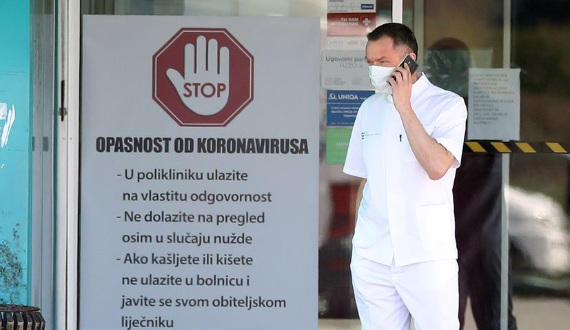 Croatian health professionals who work with COVID patients to receive bonus