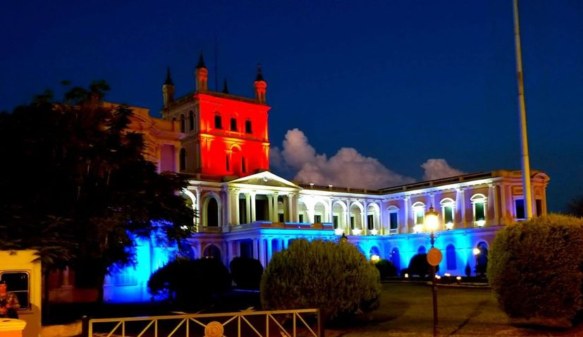 Paraguay lights up government house in Croatian flag colours to show solidarity