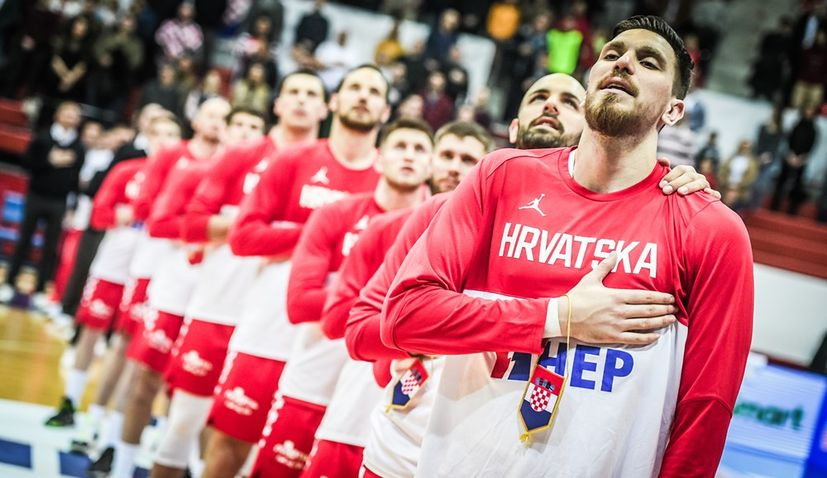 Croatian basketball players donate 2 million kuna for maternity hospital in Zagreb