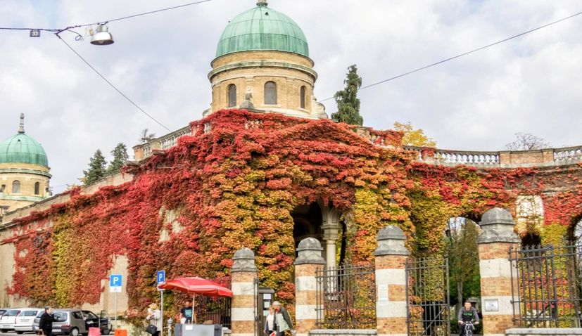 Zagreb city cemeteries: Funerals to be attended by family only