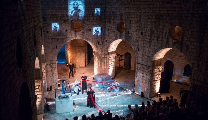 The only Croatian festival in English – Midsummer Scene – postponed until 2021