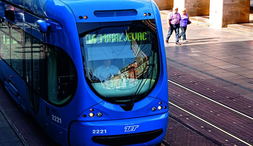 Resumption of public transport services in Zagreb goes smoothly