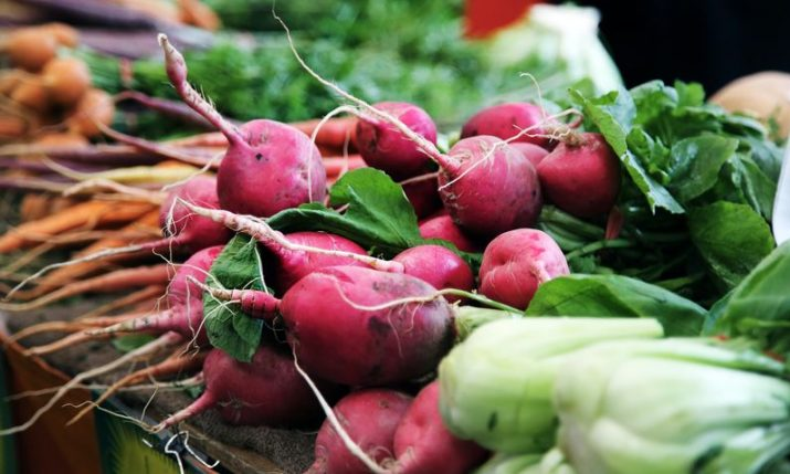 Farmers' markets in Croatia reopen under stringent rules