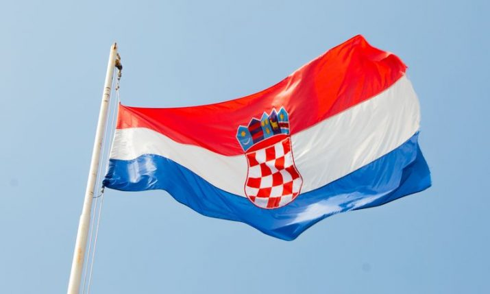 Croatians living abroad urged not to visit Croatia