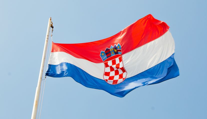 Croatians living abroad urged not to visit Croatia