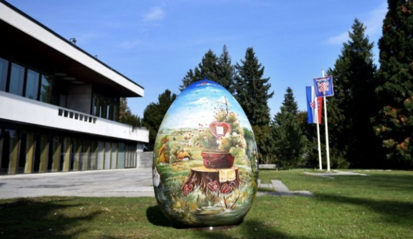Croatian state officials offer their best wishes to faithful for Easter