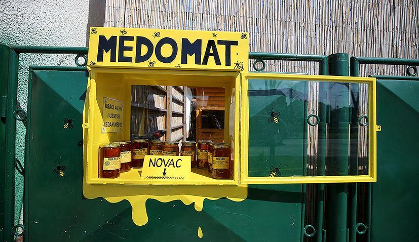 PHOTOS: First medomat in Virovitica