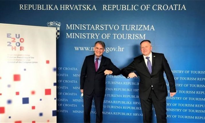 Croatian and Slovenian ministers discuss tourism, easing COVID-19 restrictions