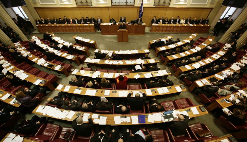 9th Croatian parliament dissolved