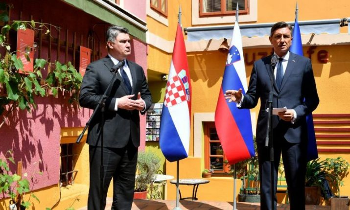Presidents expect Slovenians to spend vacation in Croatia