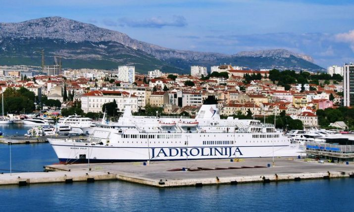 Croatian ferry fares for passengers won't rise this summer