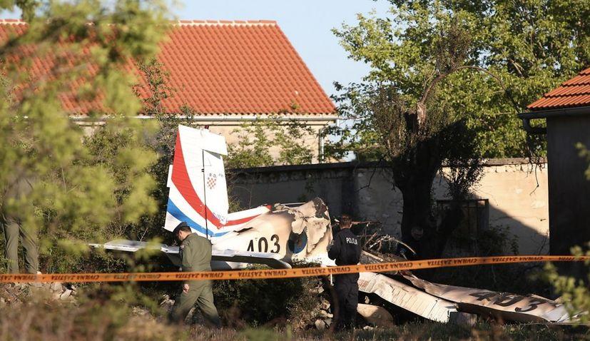 Croatian military trainer aircraft crashes near Zadar, two killed