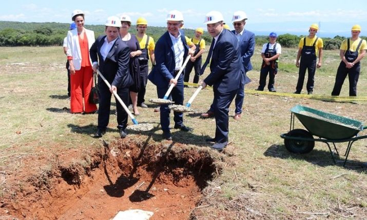 Foundation stone for largest solar power plant in Croatia laid on Cres