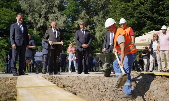 Cornerstone for war veteran centre being built in Daruvar laid