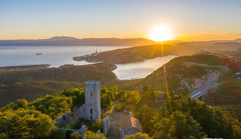VIDEO: Sunset and Beethoven on Hreljinska Gradina 321 m above sea level