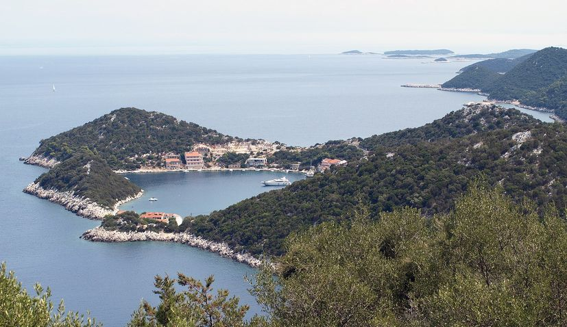 How to get to the island of Lastovo