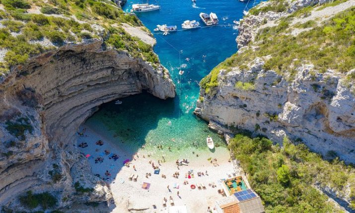 Giving up on tourism season would be irresponsible, says Croatian Tourism Association