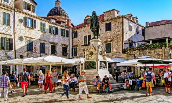 330,000 visitors currently in Croatia, stats show it's 60% of last year's result