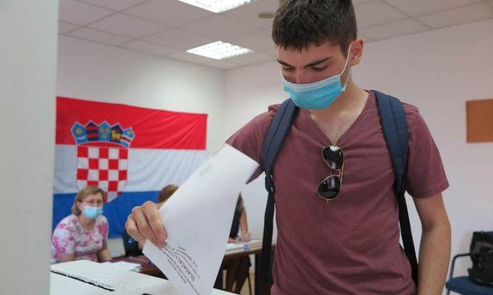 Polling stations close throughout Croatia – lower turnout