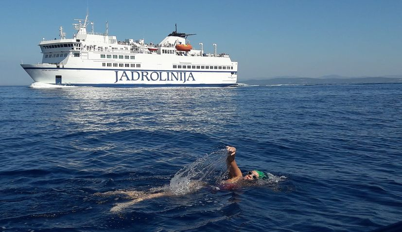 Croatian long-distance swimmer Dina Levacic set to conquer Gibraltar, North Channel