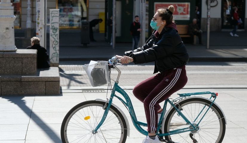 Masks mandatory in outdoor spaces in Zagreb, city headquarters propose