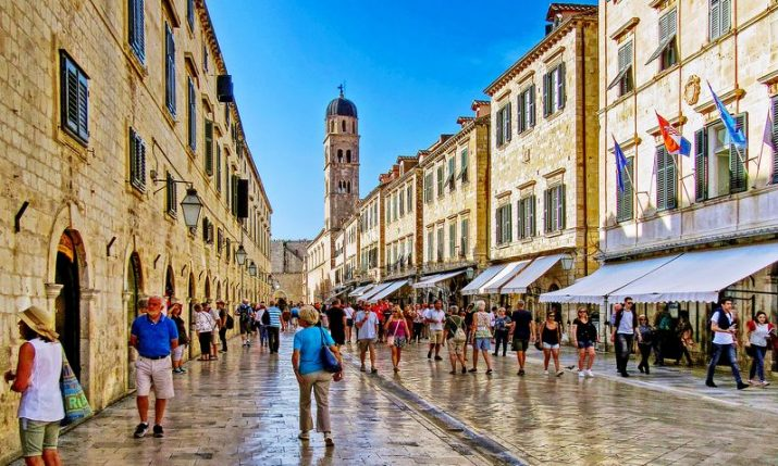 Croatia among countries with smallest declines in foreign arrivals, European travel volume to return pre-pandemic levels by 2024 report says