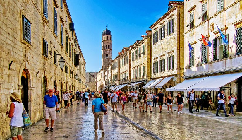 'Dubrovnik is a safe destination, British tourists not leaving', mayor says