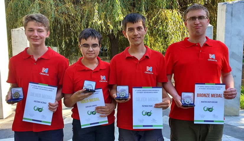 Croatian students win 4 medals at Informatics Olympiad