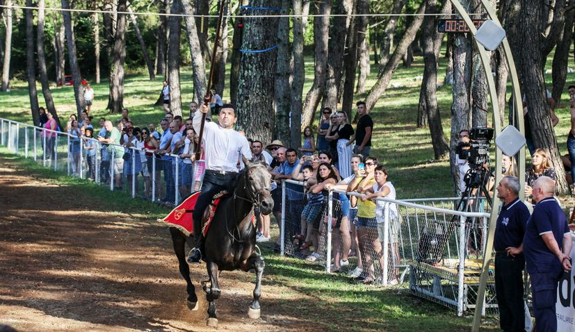 PHOTOS: Milio Grabrović wins 25th Race of the Vitica in Barban