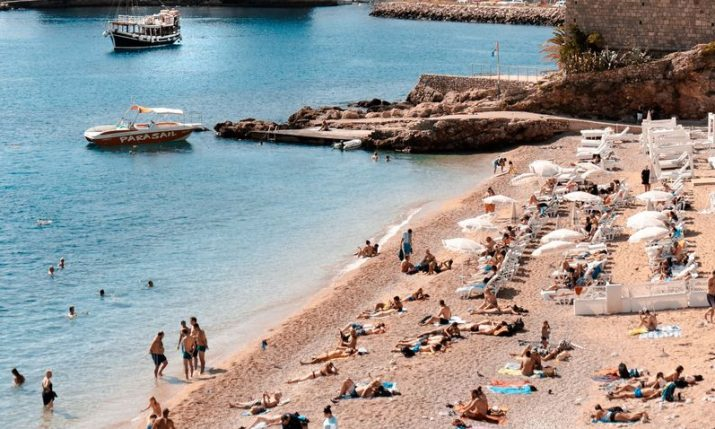 Croatia presents tourist season results, drop less than earlier forecast