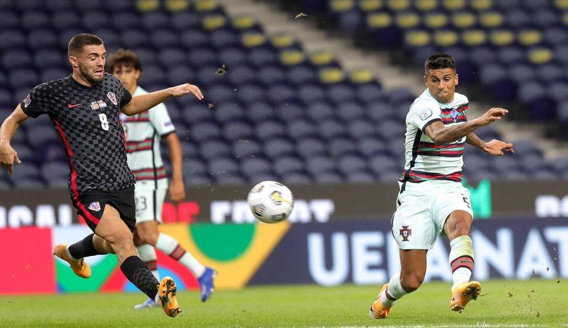 Euro 2021: Scotland beat Serbia to make Croatia's group