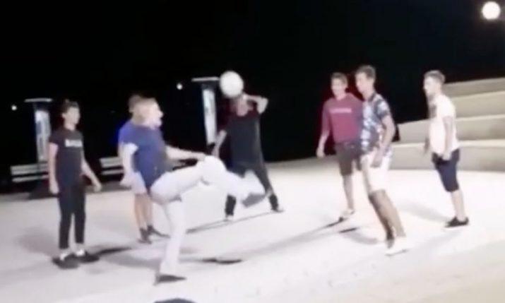 VIDEO: Owen Wilson shows off his football skills in Korčula