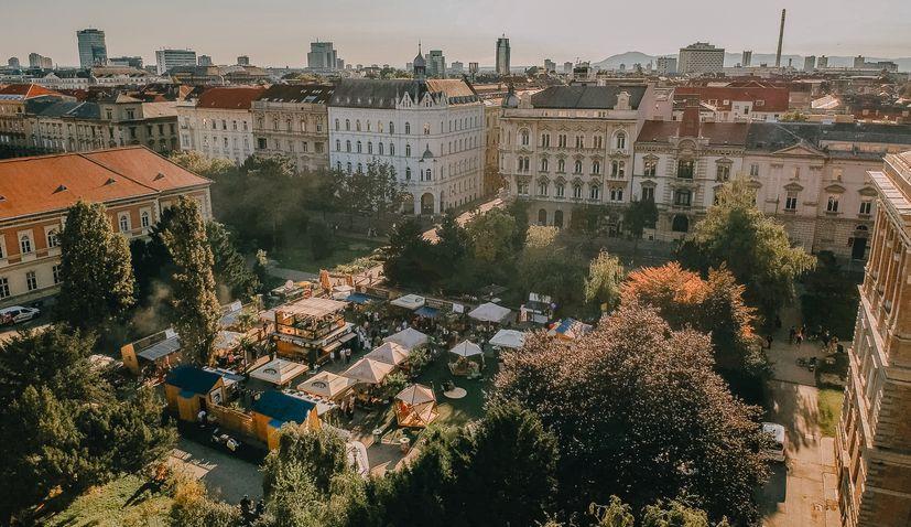 Premier of the YES Feel Good Festival in Zagreb on Strossmayer square